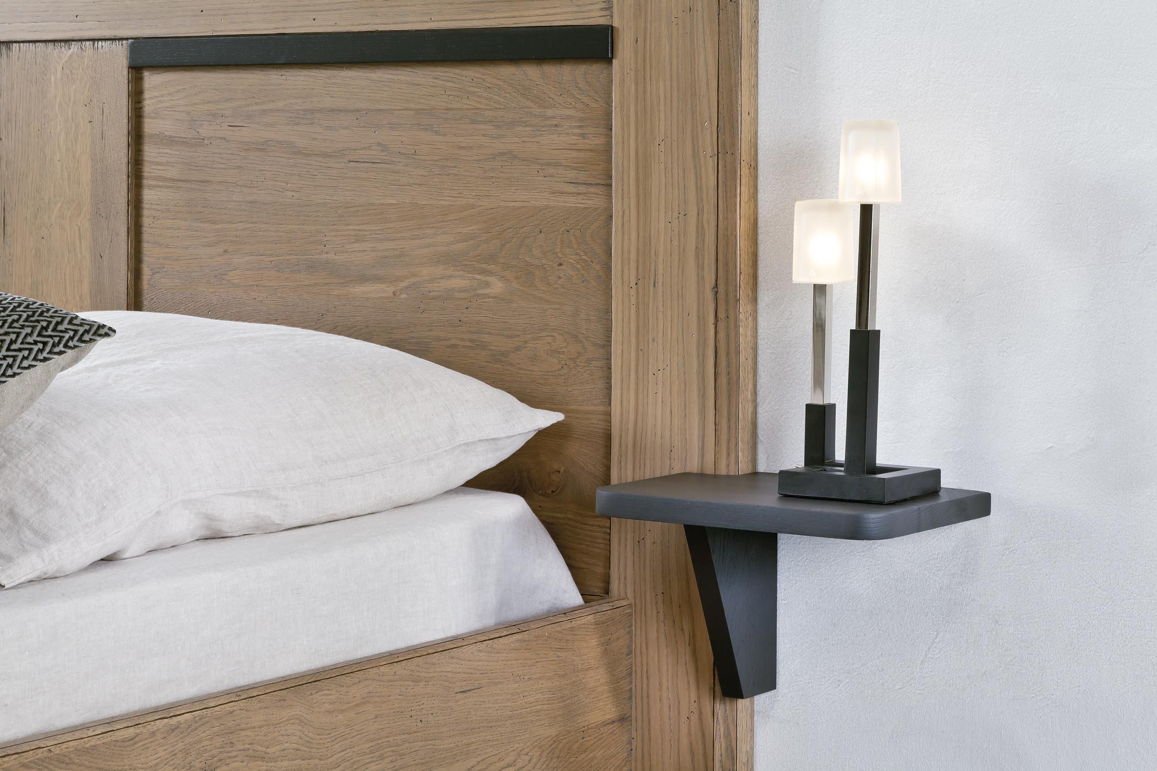 chevet tablette suspendu a droite ro200d. Black Bedroom Furniture Sets. Home Design Ideas