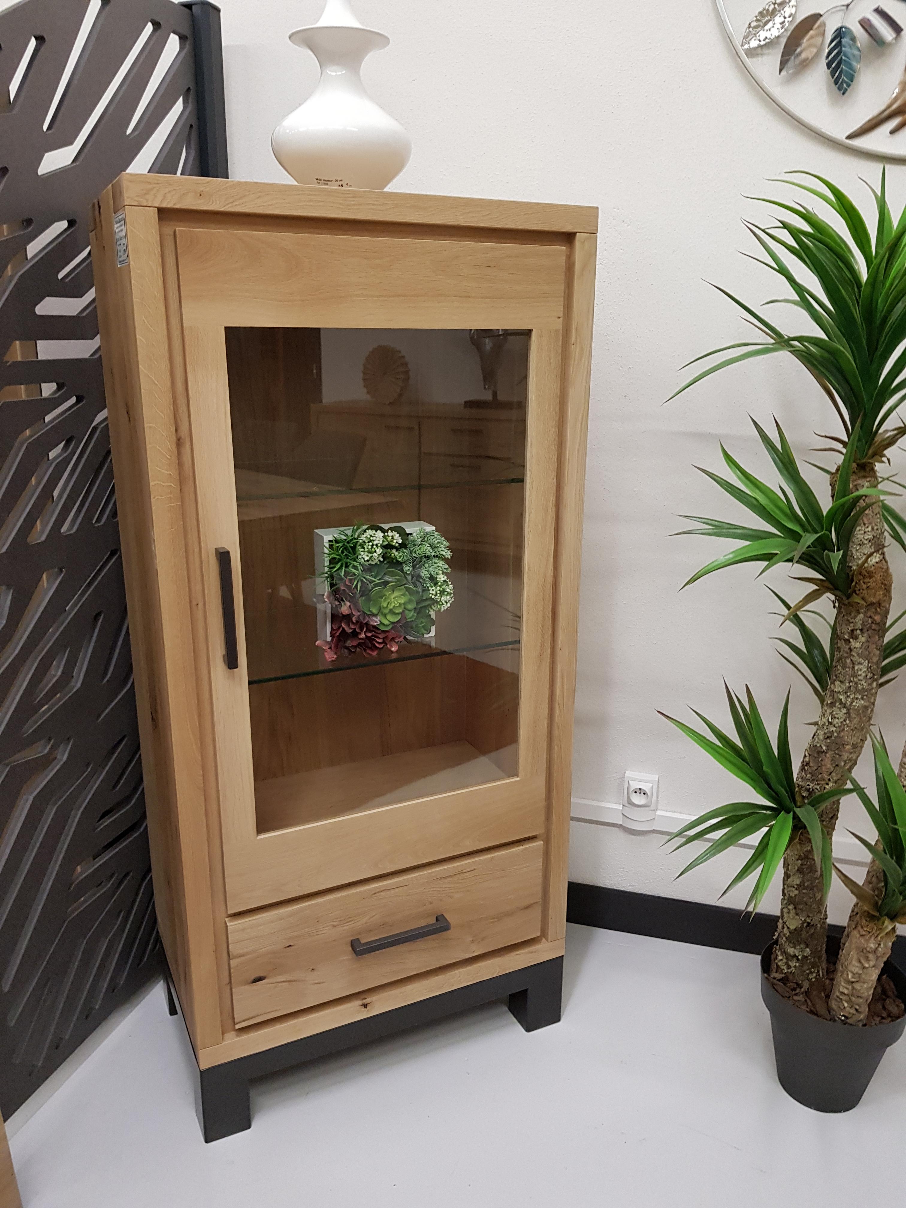 colonne basse bois naturel et metal type industriel. Black Bedroom Furniture Sets. Home Design Ideas