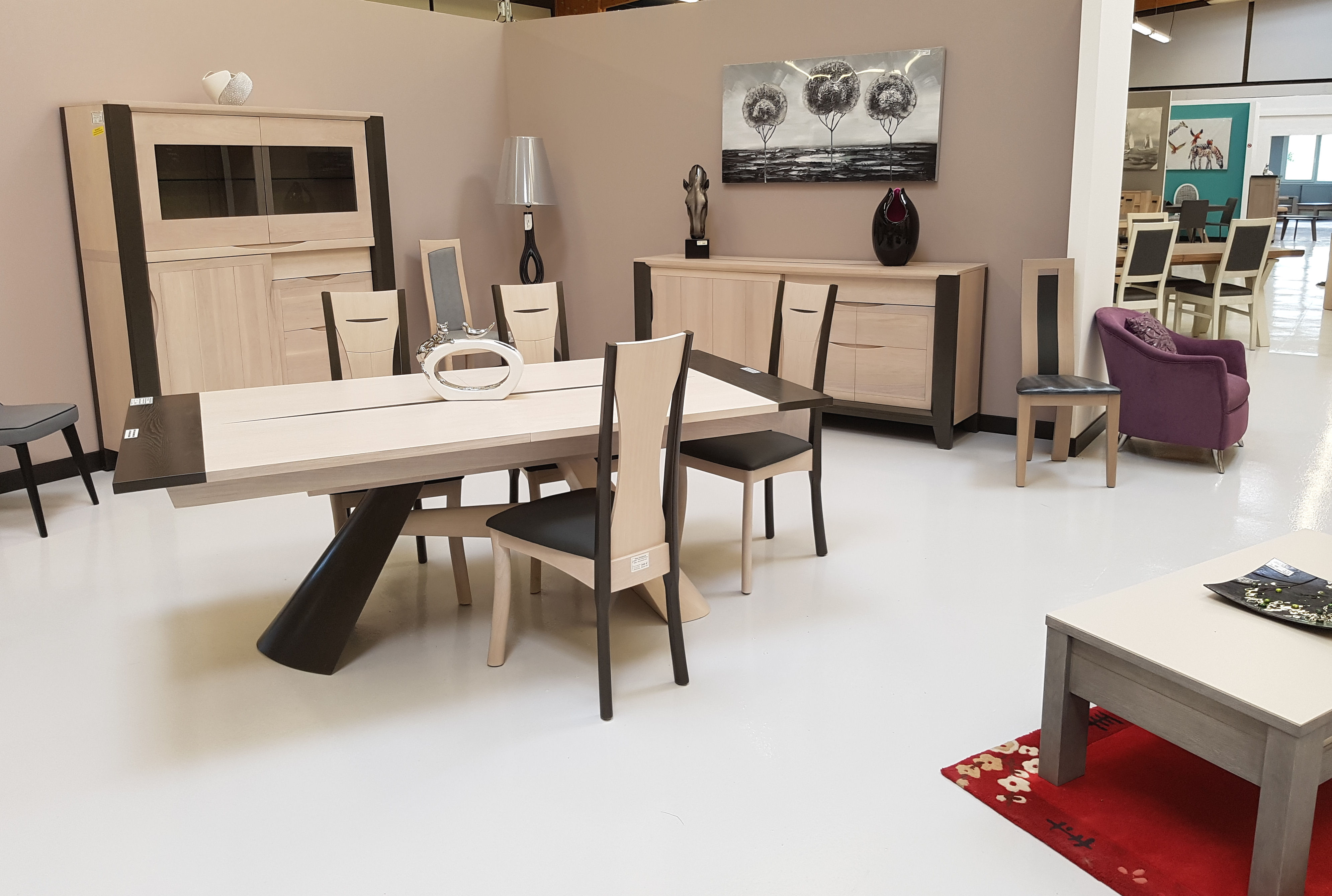 meubles de salle manger cevenne exposition ville en vermois. Black Bedroom Furniture Sets. Home Design Ideas
