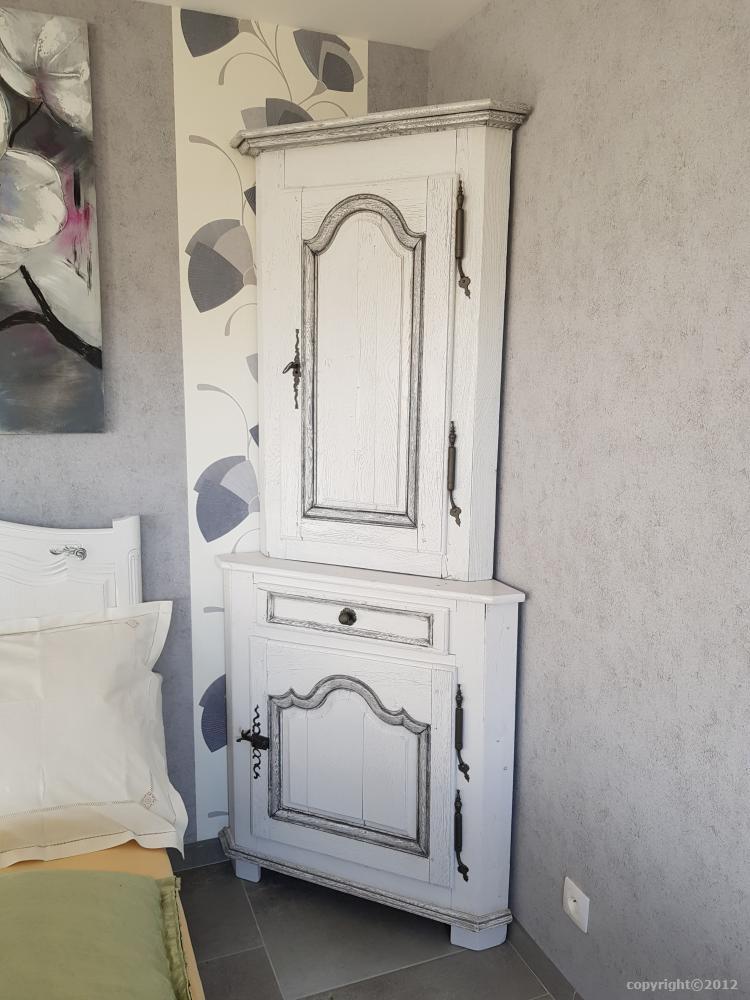 relooker ou relooking de vos meubles, table, chambre... sans peinture