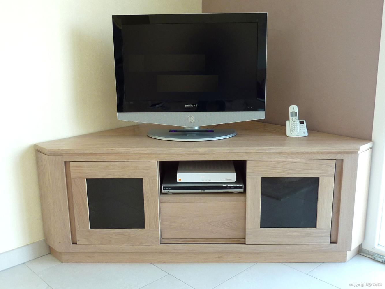 Meuble Tv Hifi Sur Mesure En Massif Style Contemporain # Meuble D'Angle Tv Contemporain