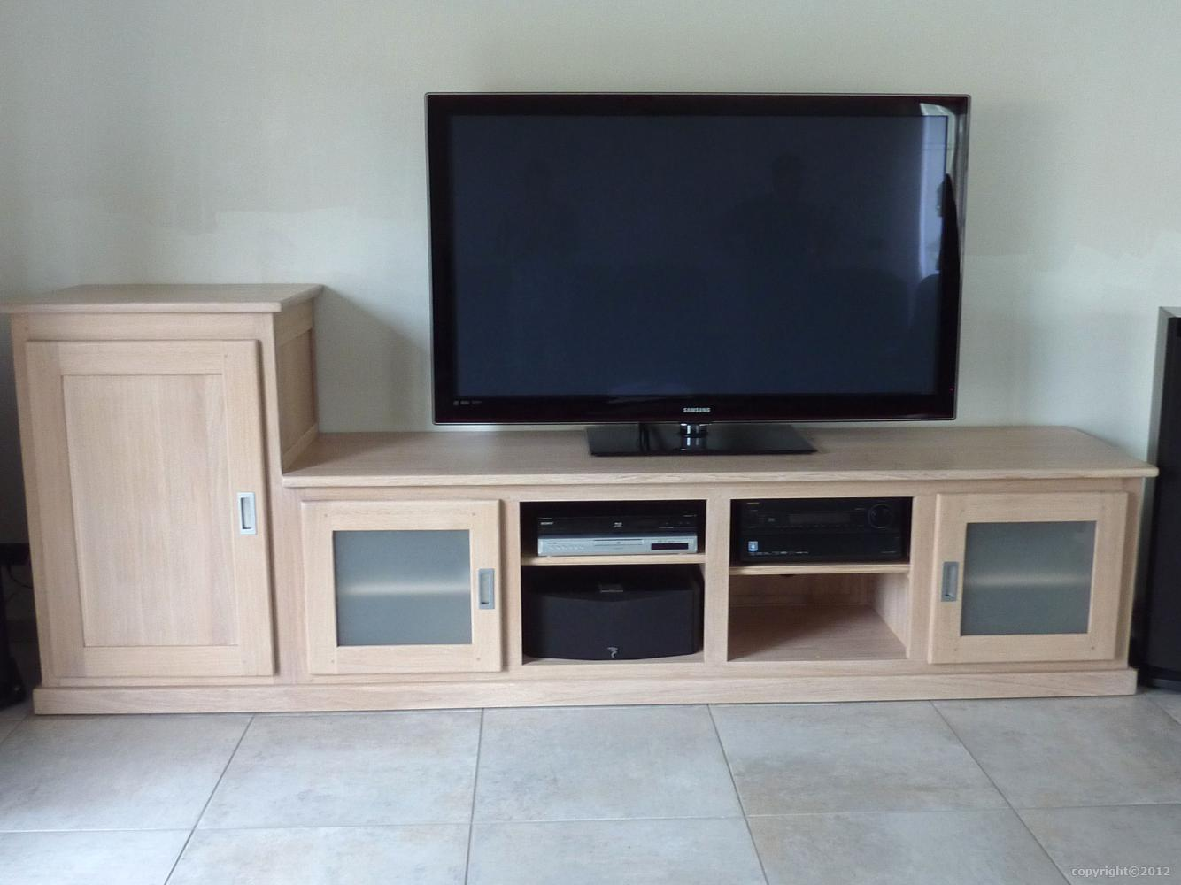 Meuble Tv Hifi Sur Mesure En Massif Style Contemporain # Meuble Tv Angle Contemporain