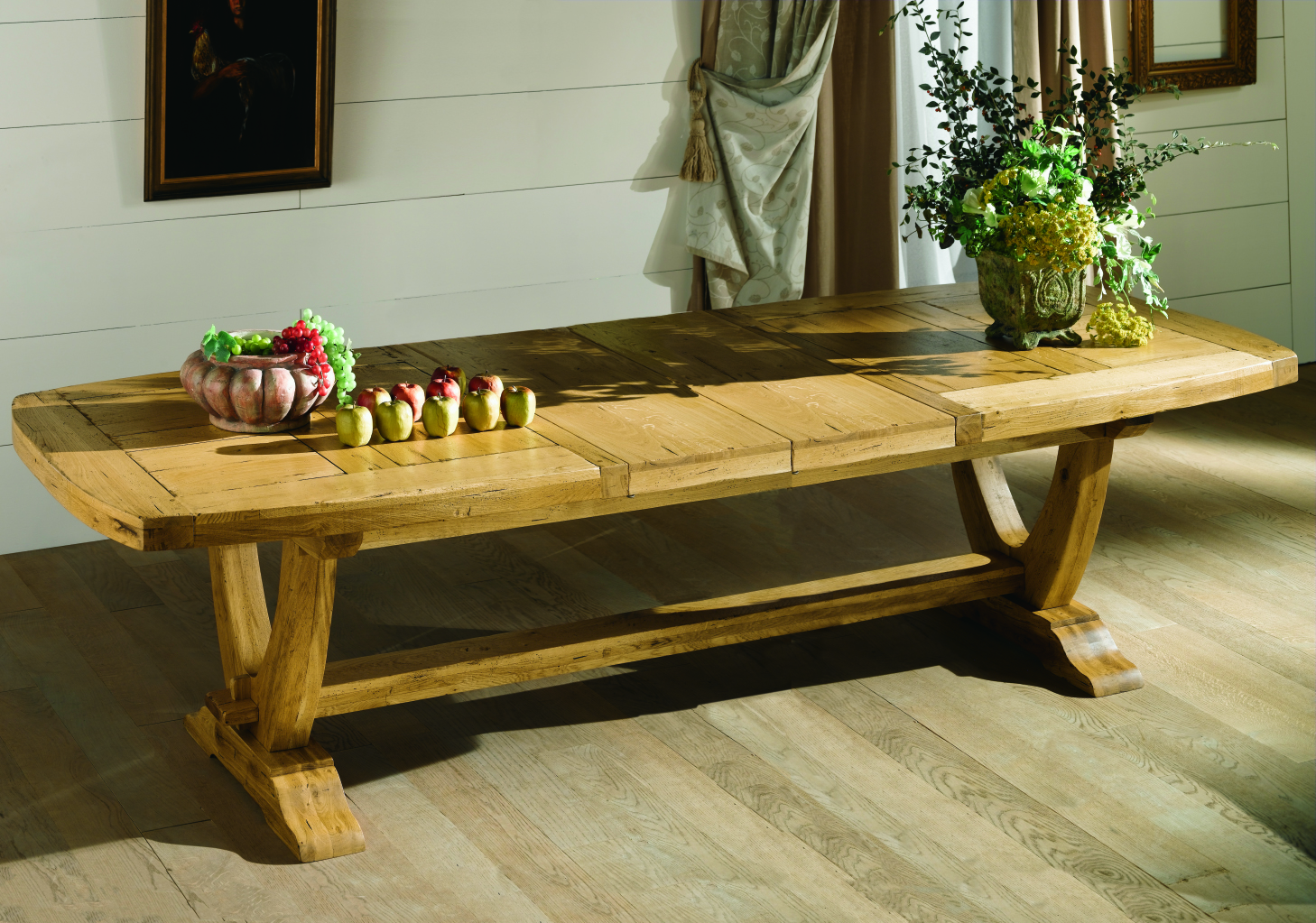 table monastere pied lyr